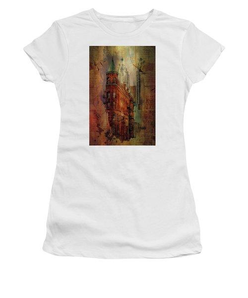 Flatiron Lights Women's T-Shirt (Athletic Fit)