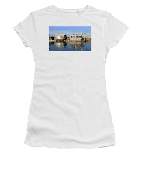 Fletchers Camp And The Little House Sandy Neck Women's T-Shirt
