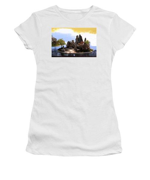 Floating Island Women's T-Shirt
