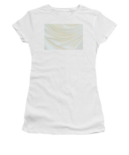 Folded Fabric Waves Women's T-Shirt