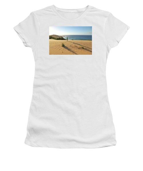 Footprints In The Sand Dunes Women's T-Shirt