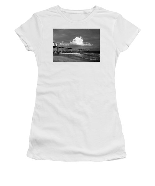 Frisco Pier 2015 B And W  Women's T-Shirt (Athletic Fit)