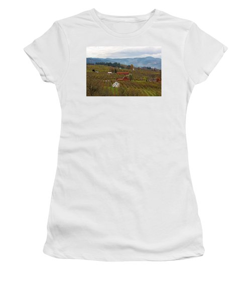 Fruit Orchard Farmland In Hood River Oregon Women's T-Shirt (Athletic Fit)