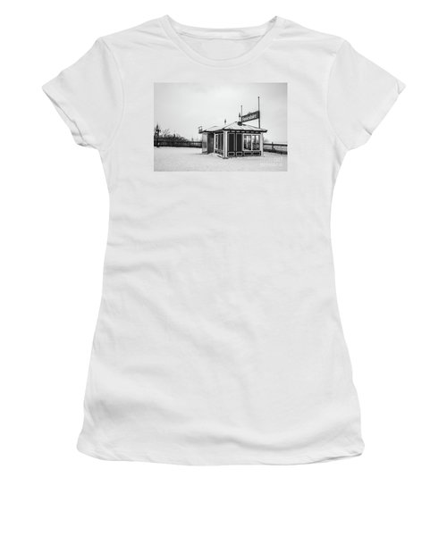 Funiculaire Quebec City Women's T-Shirt