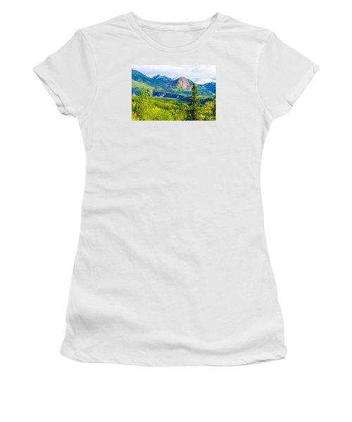 Golden Denali Women's T-Shirt (Athletic Fit)