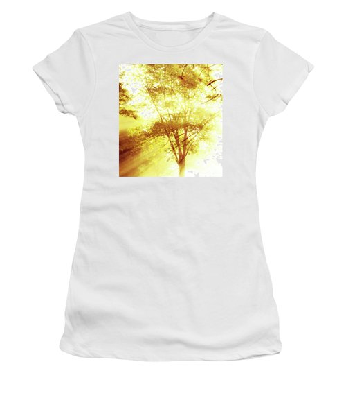 Golden Tree Women's T-Shirt (Athletic Fit)