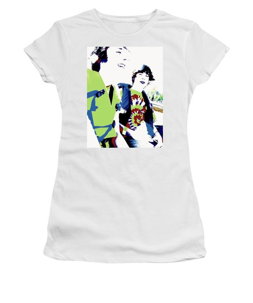 Good Friends Women's T-Shirt (Athletic Fit)