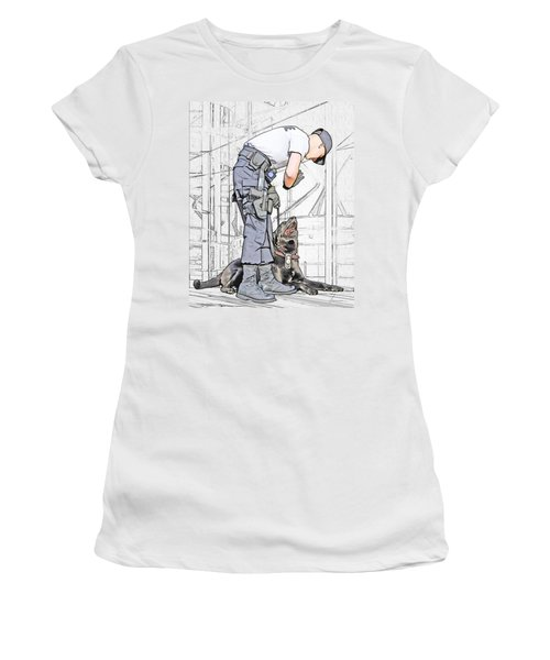 Guarding The City Women's T-Shirt (Athletic Fit)