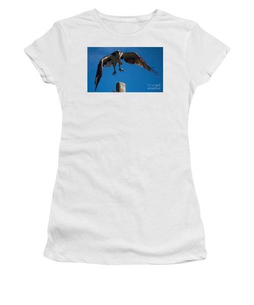 Hawk Taking Off Women's T-Shirt