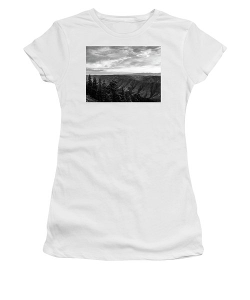 Hells Canyon Drama Women's T-Shirt