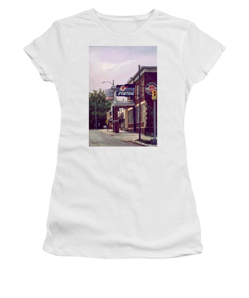 Hemlock Hotel Women's T-Shirt