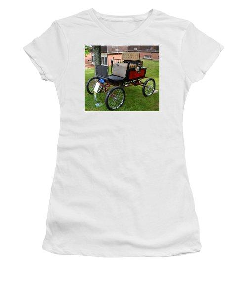 Horseless Carriage-c Women's T-Shirt