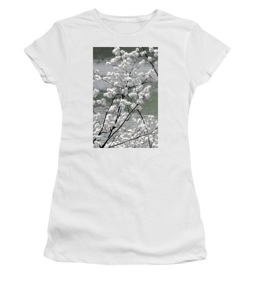 Hummingbird Women's T-Shirt (Athletic Fit)