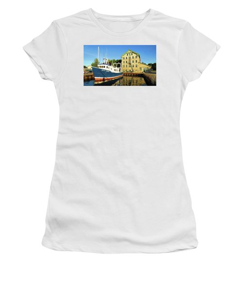 In The Evening Sun Women's T-Shirt