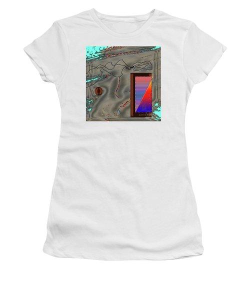 Inw_20a6504 Cheek To Cheek Women's T-Shirt