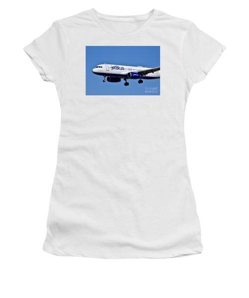 jetBlue Airlines plane in flight Women's T-Shirt