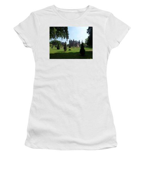 Kasteel De Haar In Haarzuilens Women's T-Shirt (Athletic Fit)