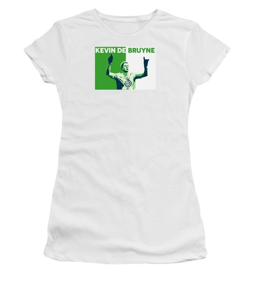 Kevin De Bruyne Women's T-Shirt (Junior Cut) by Semih Yurdabak
