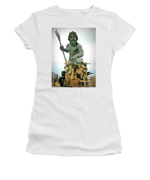King Neptune Statue Women's T-Shirt (Athletic Fit)