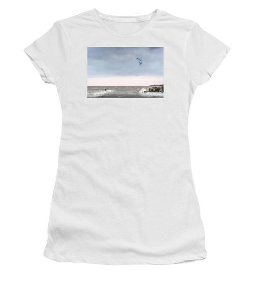 Kite Surfing On The Chesapeake Bay Women's T-Shirt