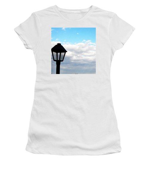 Lamp Post Women's T-Shirt