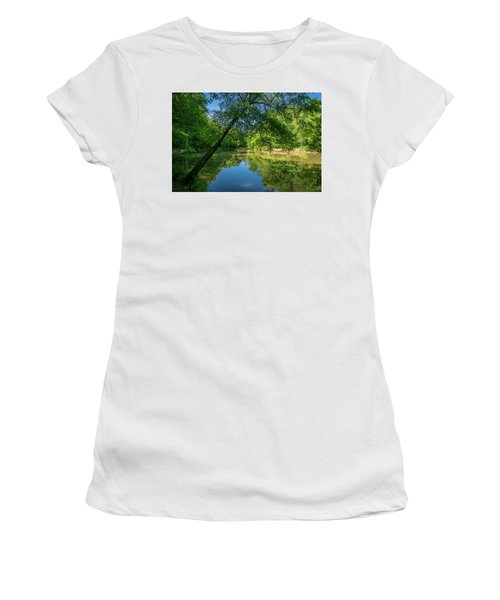Lazy Summer Day On The River Women's T-Shirt