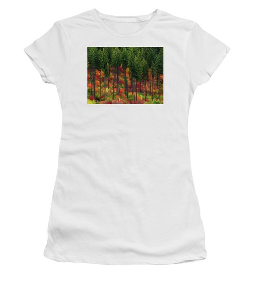 Leavenworth Checkerboard Women's T-Shirt (Athletic Fit)