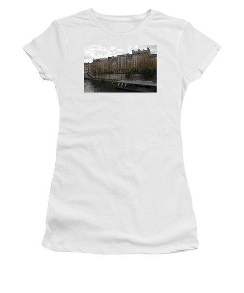Les Jardins Du Pont Neuf Women's T-Shirt
