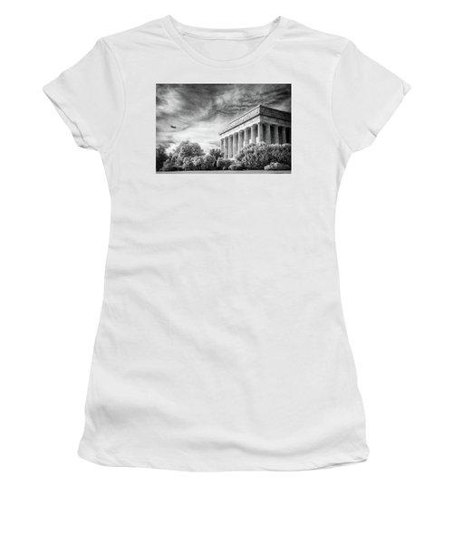 Lincoln Memorial Women's T-Shirt (Junior Cut) by Paul Seymour