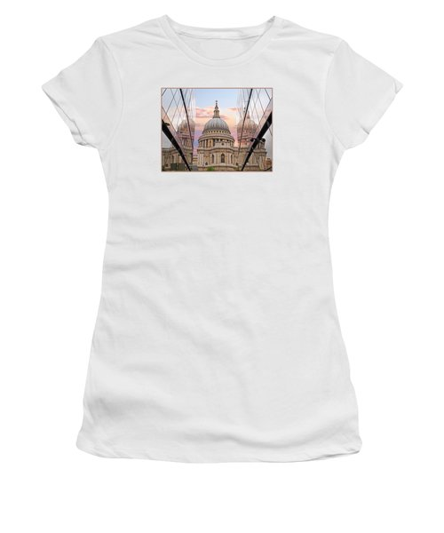 London Awakes - St. Pauls Cathedral Women's T-Shirt