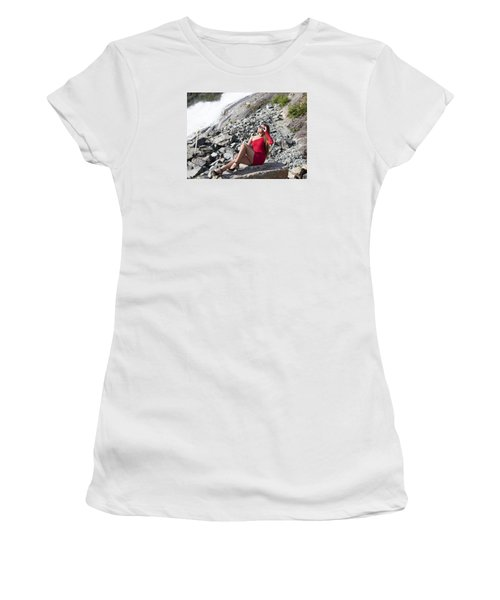 Looking At The Sun Women's T-Shirt (Athletic Fit)
