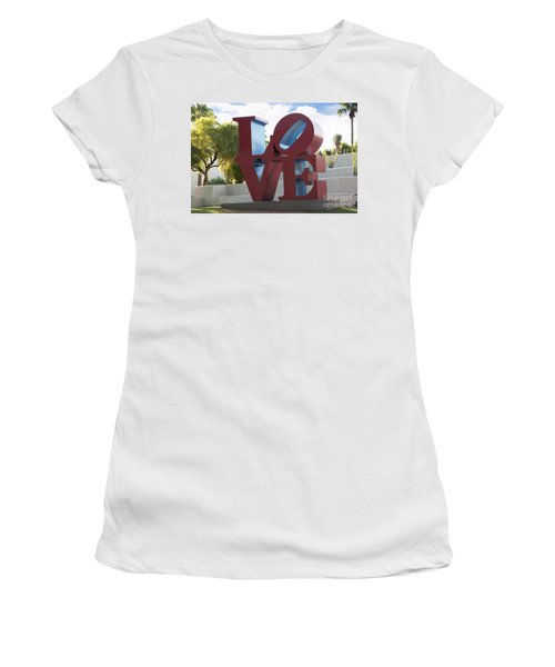 Love In The Park Women's T-Shirt
