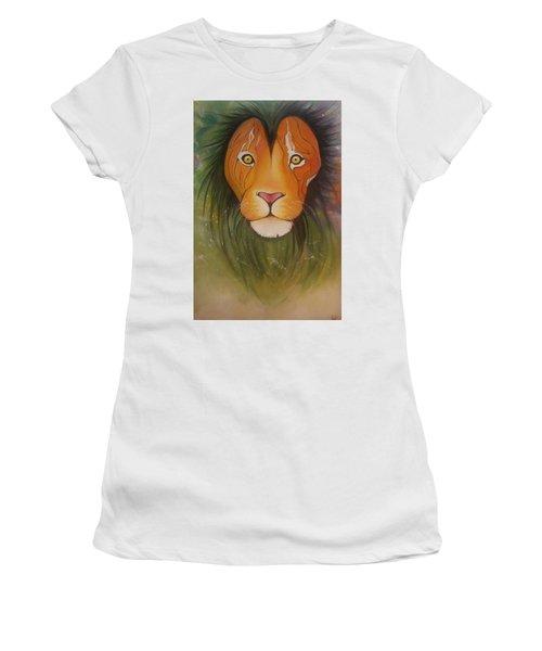 Lovelylion Women's T-Shirt