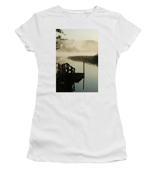 Misty Oregon Morning Women's T-Shirt (Athletic Fit)