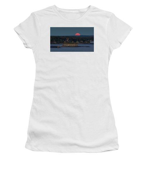 Moonrise Over Ft. Gorges Women's T-Shirt