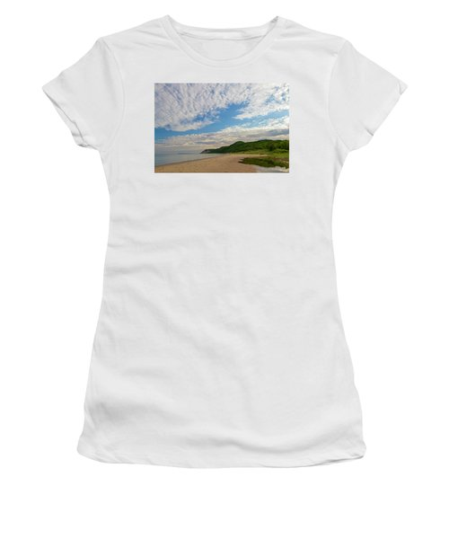 Women's T-Shirt featuring the photograph Morning Stroll by Heather Kenward