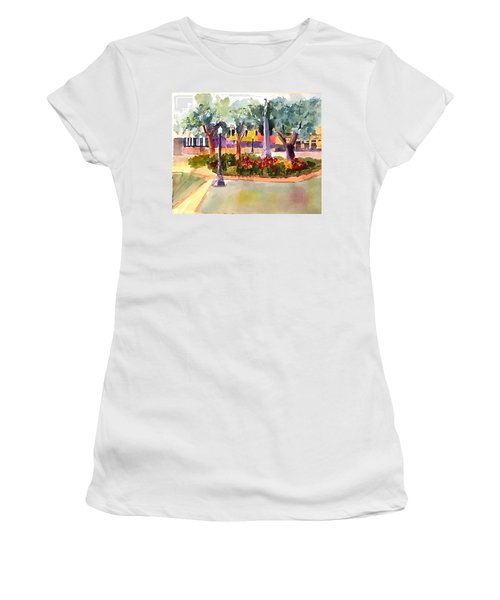 Munn Park, Lakeland, Fl Women's T-Shirt (Junior Cut) by Larry Hamilton