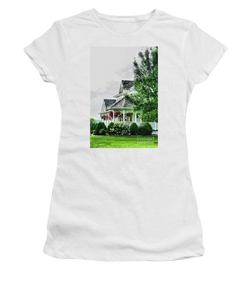 New England Beauty Women's T-Shirt