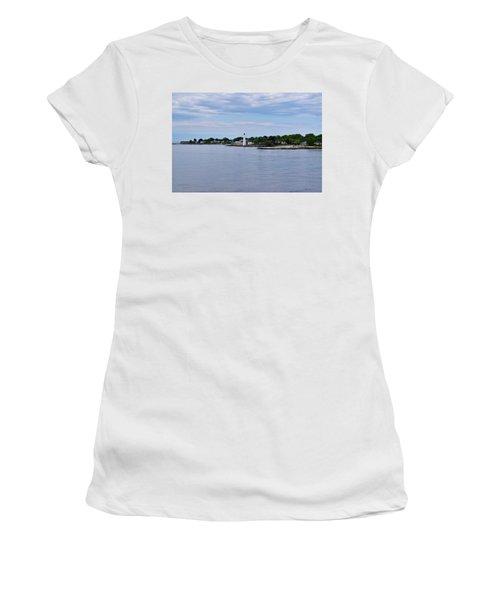 New London Harbor Lighthouse Women's T-Shirt