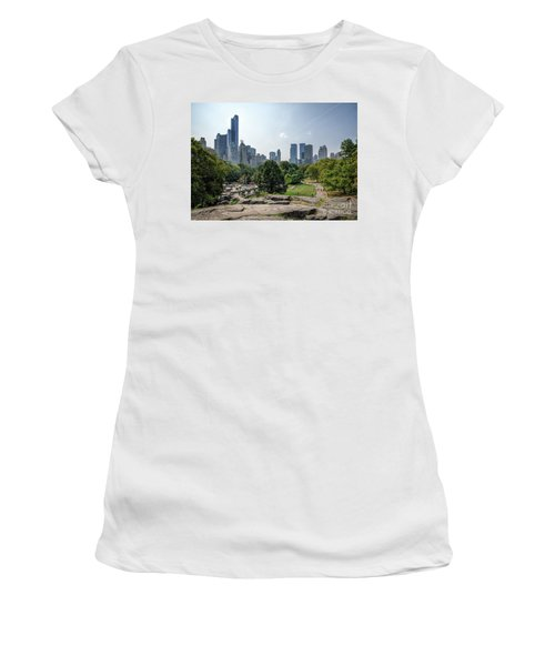 New York Central Park With Skyline Women's T-Shirt (Athletic Fit)