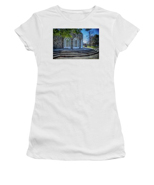 Newburgh Downing Park Shelter House Side View Women's T-Shirt (Athletic Fit)