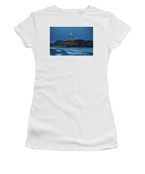 Women's T-Shirt (Athletic Fit) featuring the photograph Nubble Lighthouse Lit For Christmas by Jeff Folger