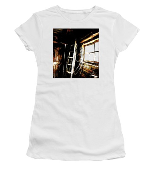 Old Barn Ladder Women's T-Shirt (Athletic Fit)