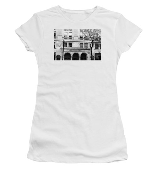 Old Ebbitt Grill Facade Black And White Women's T-Shirt (Athletic Fit)