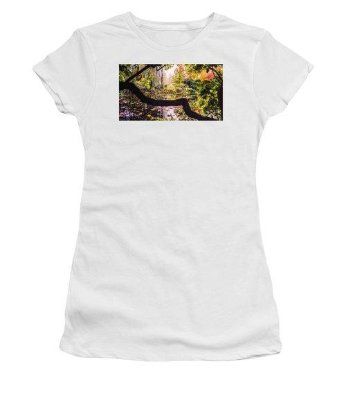 On Oscar - Claude Monet's Garden Pond  Women's T-Shirt