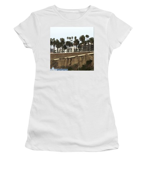 Palm Trees And Apartments Women's T-Shirt (Athletic Fit)