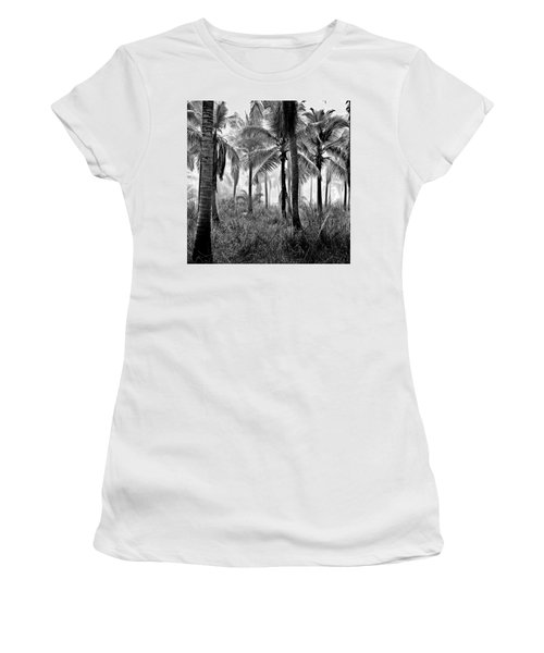 Palm Trees - Black And White Women's T-Shirt