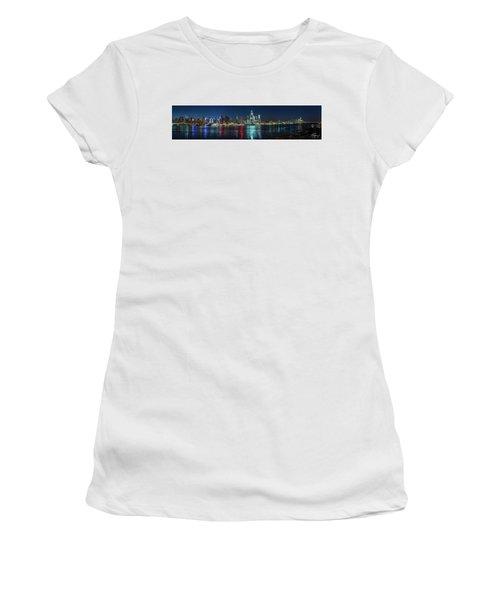 Panoramic Skyline-manhattan Women's T-Shirt