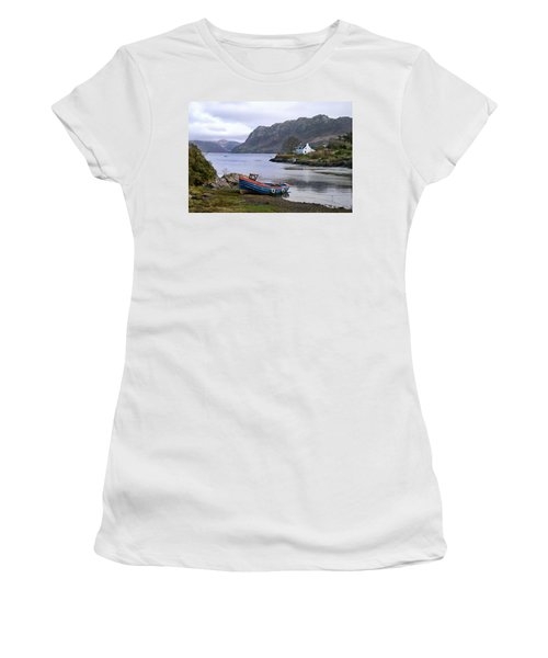 Peaceful Plockton Women's T-Shirt (Athletic Fit)