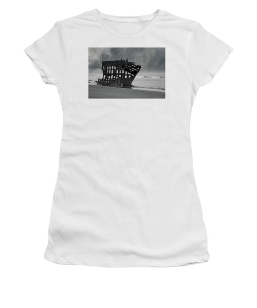Peter Iredale Shipwreck At Oregon Coast Women's T-Shirt (Athletic Fit)